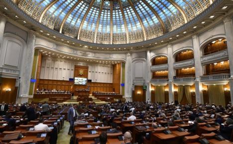 PSD a pierdut majoritatea în Parlament. Moţiunea de cenzură va fi citită joi în plen