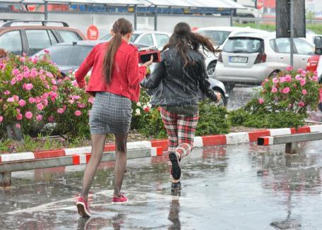 Vreme rea în Bihor. Mai multe localităţi se află sub cod galben, iar altele sub COD PORTOCALIU de furtuni şi grindină