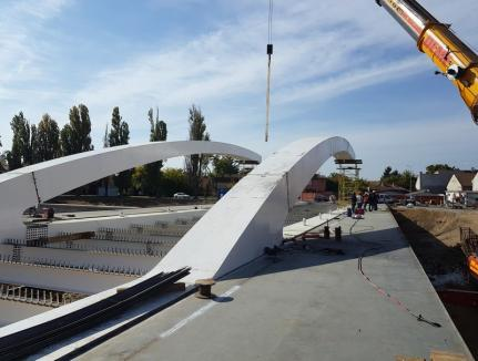 Finanţare asigurată! Podul Centenarului din Oradea, aflat în construcţie, va fi plătit din fonduri europene