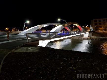 Podul Centenarului va fi inaugurat pentru maşini în prezenţa comisarului european Corina Creţu