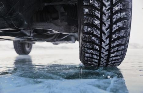 Atenţie, şoferi: Va fi polei pe şoselele din Bihor, dar nu numai