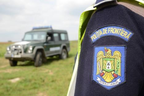 Fuga de carantină: Venit din Austria, un bihorean de 20 de ani a reuşit să treacă graniţa pe fâşie, dar a fost prins de grăniceri în Santău Mic