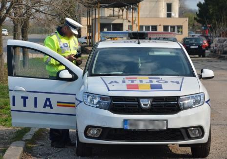 Primarul oraşului Valea lui Mihai a provocat un accident cu maşina instituţiei. O persoană a fost rănită, trei autoturisme au fost avariate