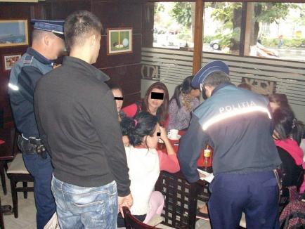 Chiulangii cu ghinion! Zeci elevi au fost prinşi de poliţişti prin baruri şi vor fi daţi pe mâna directorilor de la şcoală