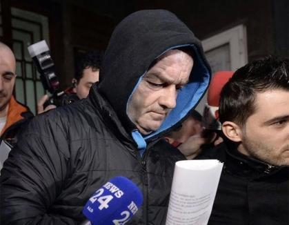 Poliţistul pedolfil a fost arestat preventiv pentru 30 de zile. Noi detalii despre abuzurile sale