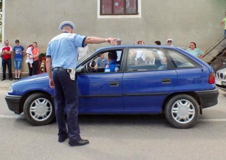 Trei şoferi care au fugit de la locul accidentelor au interdicţie de a se urca la volan