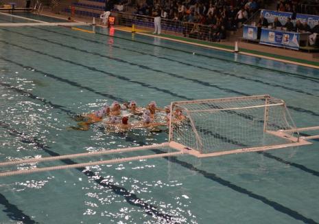 Polo: CSM Digi Oradea a 'zdrobit' tânăra echipă a clubului Crişul, în derby-ul local al Superligii Naţionale