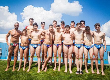 Echipa de 2005 de la clubul Crişul Oradea a făcut furori în Campionatul Regional de Polo al Ungariei!