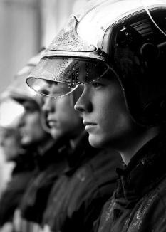 Sexy-pompierii francezi, într-un catalog... incendiar (FOTO)