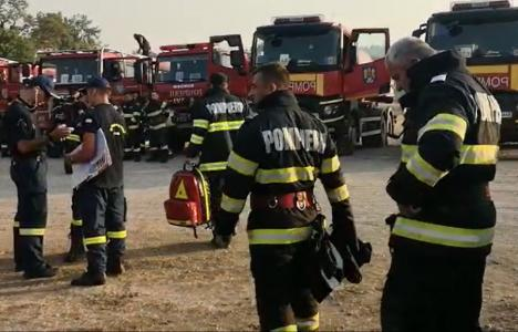 Prima misiune a pompierilor bihoreni în Grecia. Salvatorii sting flăcările din insula Evia (VIDEO)