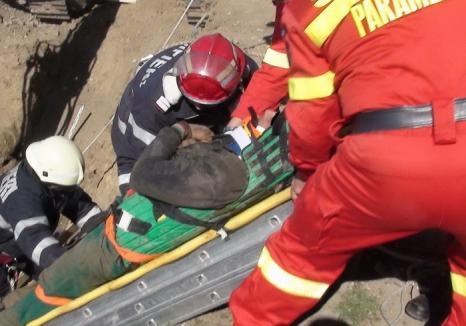 Accident groaznic: Un muncitor şi-a pierdut viaţa într-un canal plin cu apă