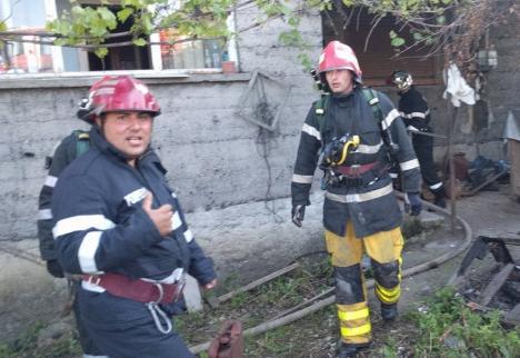 Explozie în Aleșd: Un bărbat a ajuns la spital, după ce și-a dat foc intenţionat casei