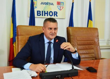 Prefectul Ioan Mihaiu a atacat în contencios diminuarea sporurilor personalului medical de la spitalele din Oradea