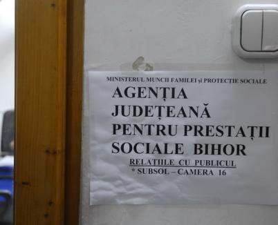 Agenţia de Prestaţii Sociale şi-a amintit că şi-a mutat sediul