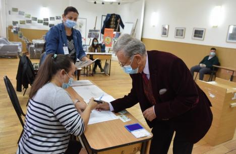 Prezenţa la vot cu o oră înainte de închiderea urnelor: 50,66% în Bihor, 35,57% în Oradea