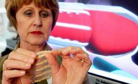 A fost inventat prezervativul 'cu dinţi' care le apără pe femei de viol