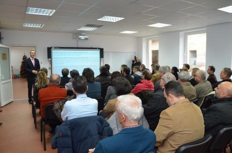 Universitatea din Oradea are patru laboratoare de inginerie nou-nouţe, dotate inclusiv cu tehnică mobilă pentru decontaminarea solului (FOTO)