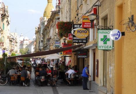 Mai puţină reclamă! Primăria Oradea supune dezbaterii publice proiectul regulamentului de publicitate