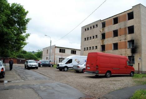 Fosta cantină Criortex din Rogerius va fi demolată pentru a face loc unei parcări (FOTO)