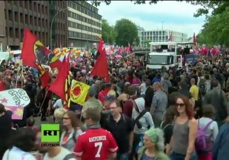 Proteste la G20: Peste 200 de poliţişti au fost răniţi în urma demonstraţiilor împotriva summitului din Hamburg (VIDEO)