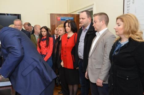 Propuneri PSD la Consiliul Local Oradea: fosta PDL-istă Adelina Coste, doctorul Mohan jr., profesorul Nicolae Avram, ecologistul Togor şi fostul şef de la FC Bihor Fodor (FOTO)