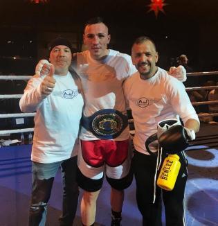Pugilistul bihorean Alexandru Jur a cucerit titlul de campion al Uniunii Europene! (FOTO)