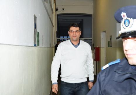 Se rejudecă: După aproape 6 ani de dezbateri, ultimul proces de corupţie al ex-judecătorului orădean Mircea Puşcaş o ia de la capăt