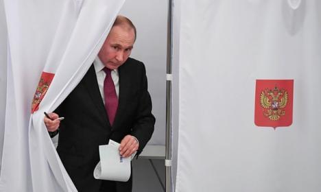Vladimir Putin a obţinut un nou mandat de şase ani la cârma Rusiei