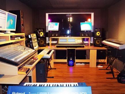 Îţi place să cânţi? Cel mai nou studio de înregistrări din oraş caută talente!
