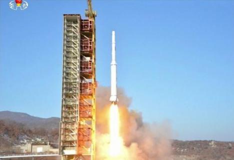 Coreea de Nord a lansat o rachetă balistică cu rază lungă de acţiune