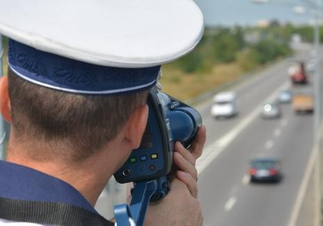 Aproape de trei ori viteza legală! Şofer de Skoda, prins conducând cu 137 km /h pe DN 1