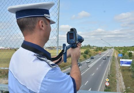 Vânătoare de vitezomani: Un şofer orădean a fost prins sâmbătă cu 154 km/h pe şoseaua de centură