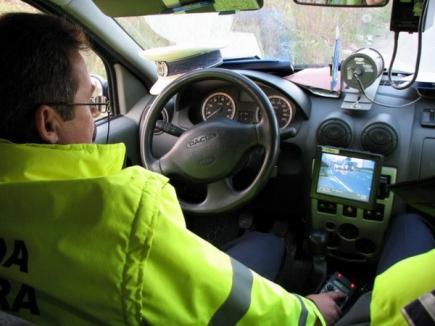 Grăbit nevoie-mare: Şofer orădean prins cu 131 km/h în zonă limitată la 50