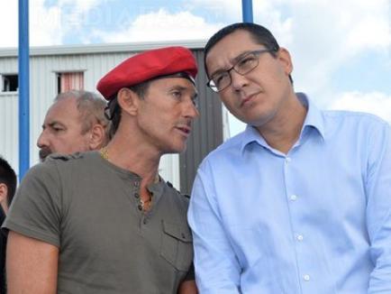 Premierul Victor Ponta, alături de primarul Mazăre, în cartierul pentru care edilul e acuzat că a luat şpagă