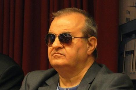 Radu Sergiu Ruba, poetul nevăzător, îşi lansează două cărţi la Oradea