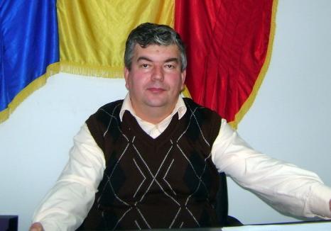 Primarul din Budureasa, reținut: Radu Olea a fost prins în flagrant cu șpagă, în parcarea Lotus Center!