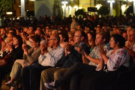 'Oradea mea': La concertul Rapsodia Toamnei, dirijorul Romeo Rîmbu şi-a prezentat propunerea pentru imnul oraşului (FOTO / VIDEO)