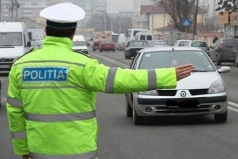 """Efective mărite, """"recoltă"""" slabă: Amplă acţiune a poliţiştilor bihoreni în zona Beiuş-Ştei"""