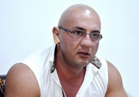 Nebun în toate mințile: Interlopul Răzvan Parfene, tratat cu blândețe de judecători, dar și de... psihiatri