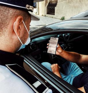 E oficial! Șoferii pot prezenta polițiștilor asigurarea RCA și pe telefon sau tabletă