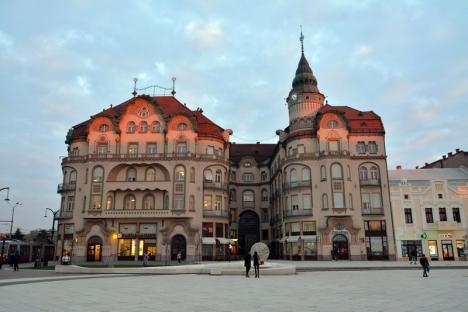 Reabilitări de faţadă: Programul de reabilitare a faţadelor din Oradea aduce a spoială făcută pe sume exorbitante (FOTO)
