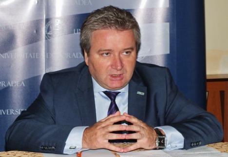 Rectorul Constantin Bungău: Universitatea are nevoie de minim 2 milioane de euro ca să nu aibă probleme