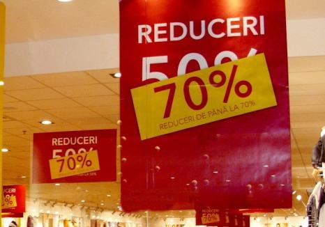 Protecţia Consumatorilor a dat amenzi de 140.000 lei comercianţilor bihoreni în perioada reducerilor de iarnă