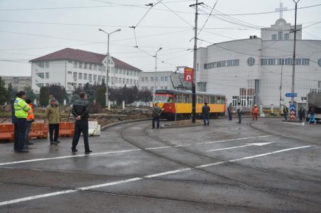 OTL reia circulaţia tramvaielor 1 şi 3 pe bulevardul Decebal (FOTO)