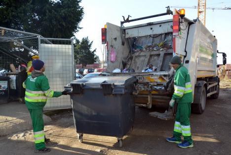 În trei fracţii! 12.000 de orădeni vor colecta separat deşeurile biodegradabile, în recipiente pe care le vor primi de la RER Vest