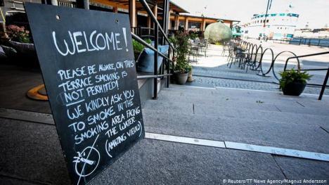 Stop fumatului: suedezii nu mai au voie cu țigări în fața barurilor, a restaurantelor și în stațiile de autobuz