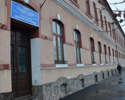 Va fi scandal! Primăria reia ideea unificării colegiilor tehnice Traian Vuia şi Andrei Şaguna