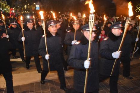 La mulţi ani, România! Festivităţile de 1 Decembrie s-au încheiat în premieră cu un foc de artificii (FOTO/VIDEO)