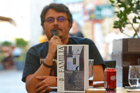 """Cel mai recent număr al Revistei Familia, un adevărat """"volum de proză"""", lansat pe Corso (FOTO / VIDEO)"""