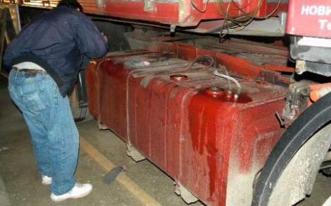 Un hoţ l-a bătut măr pe proprietarul unui TIR care l-a prins furându-i motorina din rezervor
